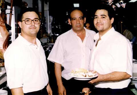 Homenaje al fundador del Bar Casa EL CATETO