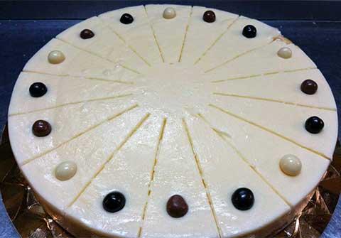 Tarta de Queso y Chocolate Blanco del Bar Casa EL CATETO